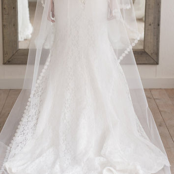 DIKE - single layer tulle with floral edge (Long)