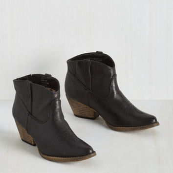 Rustic The Styled, Wild West Bootie in Onyx
