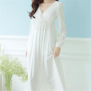 ESBONHS Autumn Vintage Nightgowns V-neck Ladies Dresses Princess White Sexy Sleepwear Solid Lace Home Dress Comfortable Nightdress #H13