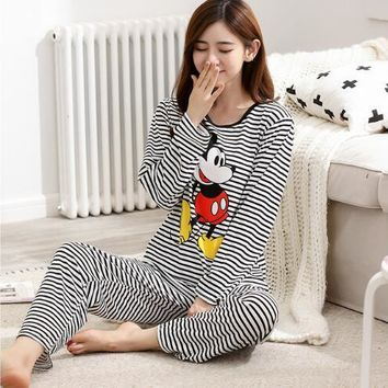 Women Pajamas autumn long Sleeve Thin Cartoon Print Cute Loose Sleepwear Girl pijamas Mujer Leisure Nightgown Women