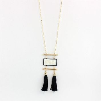 Mono Necklace