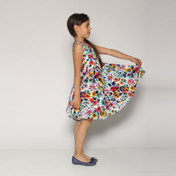 girls dress, Spring flowers print, ,flower girl, girl dress, flower girl dress, girls dress, multi color print, twirly dress, 360 dress