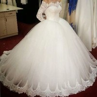 Scalloped Off the Shoulder Long Sleeves Winter Bridal Wedding Dresses Gowns