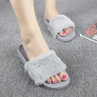 Hot Sale Fashion Spring Summer Autumn Home Plush Slippers Women Faux Fur Slides Flip Flops Flat Shoes Girls Gift RD891228