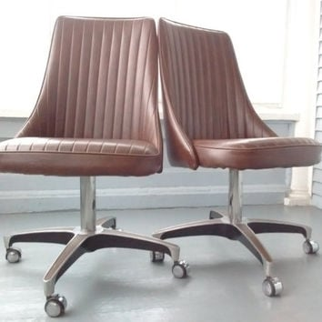 Best Vintage Swivel Chair Products on Wanelo