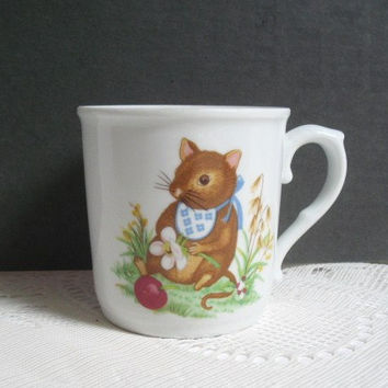 Royal Worcester Mug Made in England Fine Porcelain Mug with Mouse