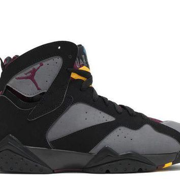 PEAP9IW Jordan: AIR JORDAN 7 RETRO 'BORDEAUX 2015'