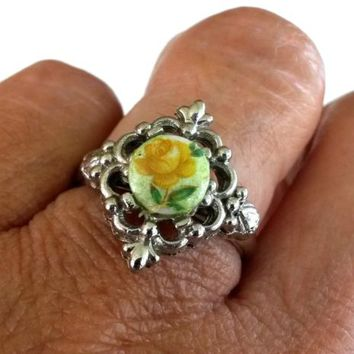 Vtg Yellow Rose Flower Decal Glass Cab Silver Tone Ring Size 7 Adjustable