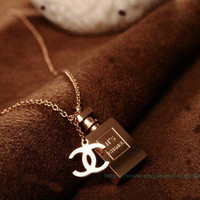 Rose gold chanel perfume bottles necklace, high quality of the necklace, the best Christmas gift, friendship