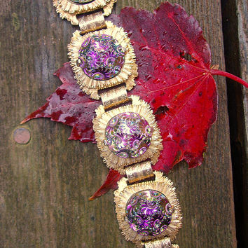 Iridescent Glass Pressed Floral Pattern Bracelet, Sunburst Gold Tone Setting, Vintage