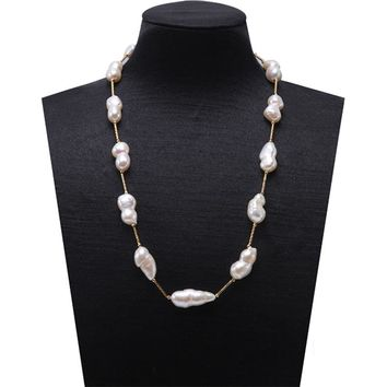 Necklace : Long Pearl Baroque Pearl Necklace