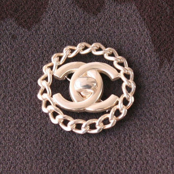 Chanel Silver Brooch Chain Link Signature Charm Pin Authentic Vintage Accessory Rare