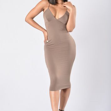 Never Fails Dress - Mocha