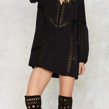 Black Patchwork Hollow-out Draped Tassel V-neck Lantern Sleeve Oversized Mini Dress