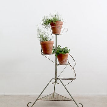 vintage plant stand / green metal stand