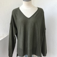 KYLIE SWEATER - OLIVE