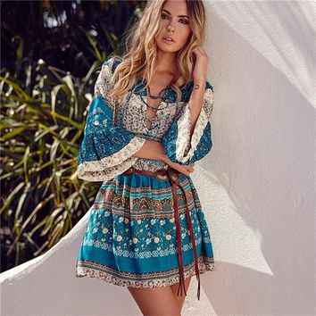 Vintage look Boho v-neck vintage bell sleeves dress