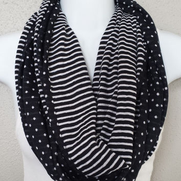 Reversible Black & White Knit Infinity Scarf Womens Stripes and Polka Dots Reversible Fall Fashion Scarf Girls Reversible Circle Scarf Gift