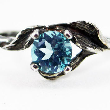 Oxidized Apatite Leaf Ring Sterling Silver, Green Apatite Ring, Natural Apatite Ring, Oxidized Sterling Silver Ring, 925 Sterling Leaf Ring