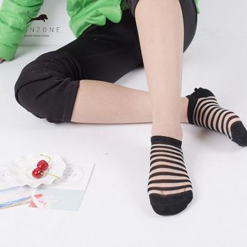 Lace Transparent Crystal Lady Socks Spring Newly  Different Style Stripe Design With Patterned Silk Socks Women