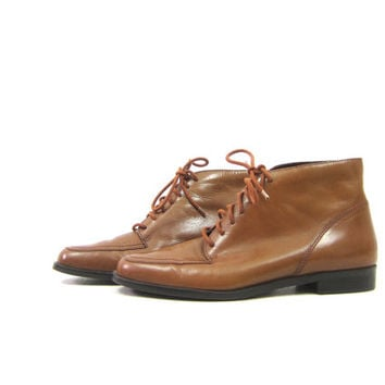 90s Brown Leather Boots Lace Up Ankle Boots Pippi 90s Fall Grunge Granny Booties Boho Hipster Preppy Shoes Vintage Women's Size 8.5 N Narrow
