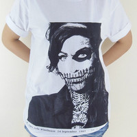 Amy Winehouse T-Shirt -- Amy Winehouse Zombie Skull Jazz Indie Rock T-Shirt White T-Shirt Women T-Shirt Men T-Shirt Unisex T-Shirt Size M