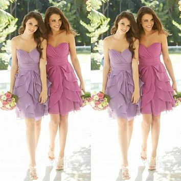 Romantic Short Light Purple/Lavender Bridesmaid Dress Tiered Ruffle Tulle Bridesmaid Dresses Elegant Girls Bridesmaid Gowns B72