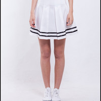 B0: WHITE JAPANESE SKIRT