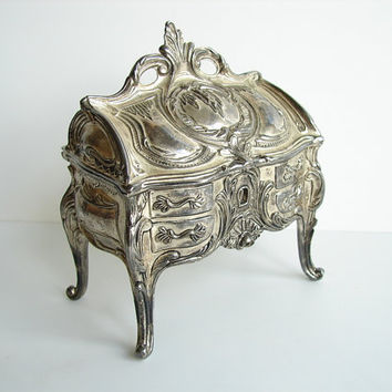 Vintage Ornate Metal Trinket Box / Jewelry Box with by ThirdShift