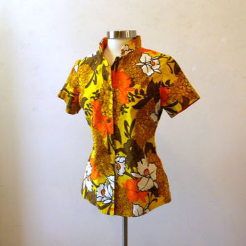 Womens Tropical Hawaiian Shirt / Fitted Camp by ChronologieVintage