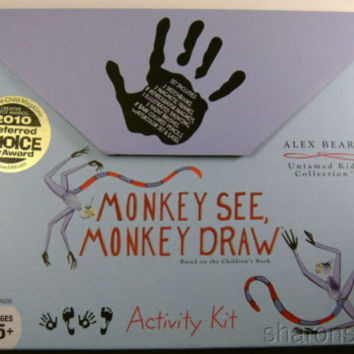 NEW Alex Beard Activity Kit Monkey See Draw Easel Frames Sketch Book Artist Set
