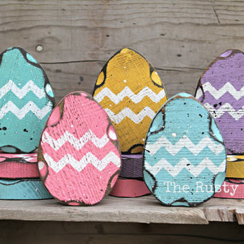 Easter Decor, Easter Eggs, SET OF 5, Shabby Decor, Primitive Easter, Rustic Easter, Country Easter Decor, Seasonal Decor, Chevron Egg