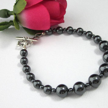 Graduated Hematite Gemstone Beaded Bracelet Dark Gray Sterling Silver Clasp Size 8 Large