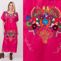 70's pink floral Mexican dress / embroidered oaxaca maxi dress / Vintage 1970s peasant ethnic tunic dress boho hippie