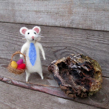 White Felted Mouse Easter animal Wool Rat sculpture Basket eggs Organic Gift Doll house Spring Decor  Mouse ornament Woodland Eco Frendly