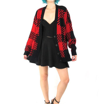 80s Plaid Cardigan Black Red Checkered Cardigan Chunky Slouchy Knit Winter Buffalo Plaid Tartan Jumper Grandpa Cardigan (M/L/XL)