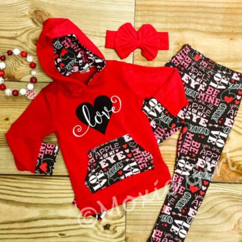 """Love"" Valentine's Day Hoodie Outfit"