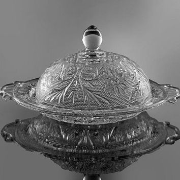 Butter Dish, Anchor Hocking, Clear Sandwich Glass, Circular Butter Dish with Cover, Floral Pattern