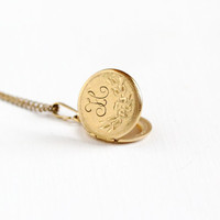 """Vintage 12k Gold Filled Floral """"H"""" Locket Necklace - 1960s Mid-Century Era Etched Flower Monogrammed Initial Round Pendant Jewelry"""