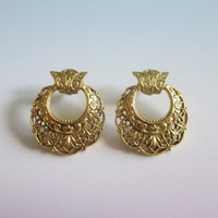 Vintage Gold Filigree Earrings, Arabesques & Curlicues, Pierced, Gold Tone Metal, Lovely!