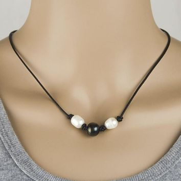 3 pearl and leather necklace choker free christmas gift random necklace 2pcs necklace gift box  number 1
