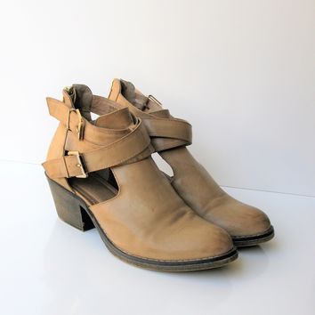 Report Angelina Cutout Booties Boots 8.5