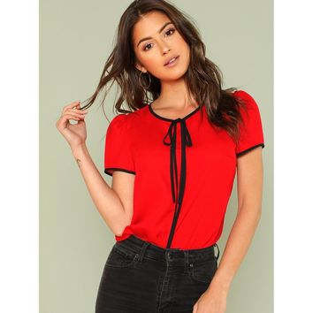 Knot Front Contrast Binding Top Red