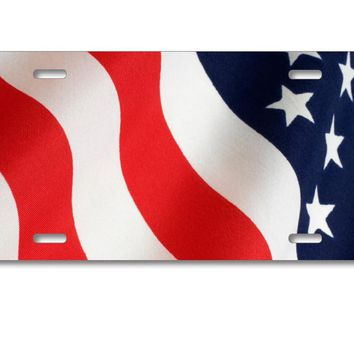 DistinctInk Custom Aluminum Decorative License Plate - Red White Blue United States Flag USA