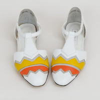 1980s Leather and Mesh Shoes - 80s White / Yellow / Orange Chevron T-Strap Flats - US size 6.5