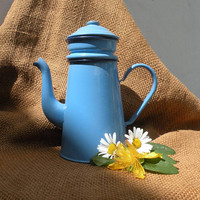French vintage blue enamel cafetiere, blue enamel coffeepot, vintage cafetiere, blue cafetiere, enamel coffeepot, shabby chic French kitchen
