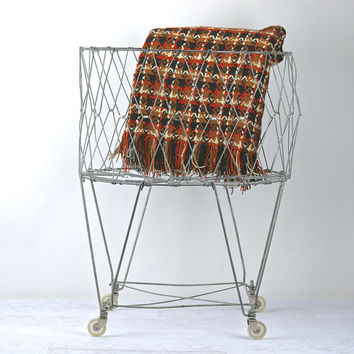 Vintage Wire Laundry Basket / Collapsible Wire Laundry Basket