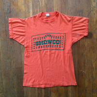 Vintage 1970s SHOWCO Sound MAHAVISHNU ORCHESTRA 1974-75 Orange Cotton Concert Tour Crew T-Shirt Size Medium Small