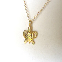 Turtle Necklace from Cougar Town Courtney Cox sea by lunaCielo