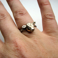 Cow head ring small